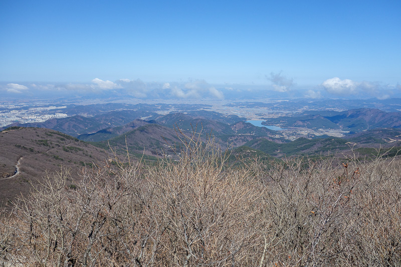 Korea-Gwangju-Hiking-Mudeungsan - The valley I had come up.