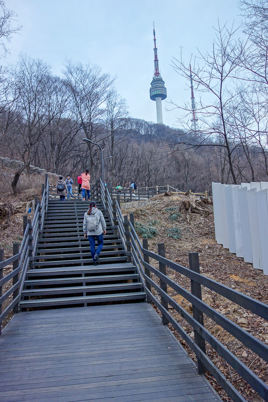 Korea-Seoul-Tower-Food-Pancake - No mountain today, just a hill. So I ran up it.
