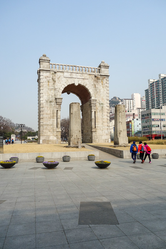 Korea-Seoul-Seodaemun Prison-Nakwon Arcade - Safely through the tunnel without getting wedged or squashed by an out of control Hyundai, I found myself at the 1945 independence monument. Japan rea