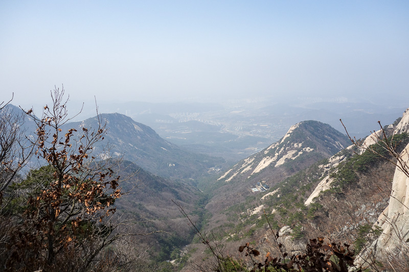 Korea-Seoul-Hiking-Bukhansan-Baegundae - This direction would be my way down today, well down and then around some. I planned a route with as little backtracking as possible.