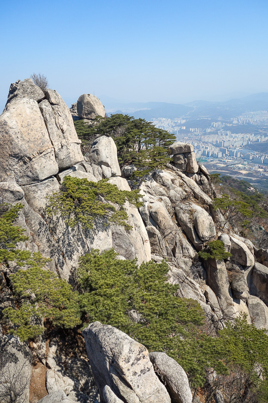 Korea-Seoul-Hiking-Bukhansan-Dobongsan - I was having a great time. If you zoom you can see the metal cable. I think this is still technically part of the section I was told to avoid.