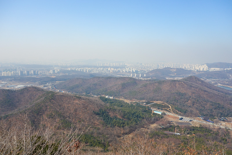 Korea-Hiking-Incheon - Non panorama photo from the top.
