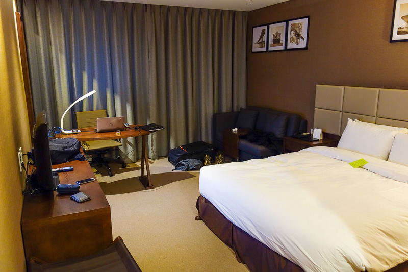 Sydney-Incheon-Boeing 777 - Last pic today, my hotel room, because my mother likes to see photos of hotel rooms. I live in a hotel when in Australia, so yay, a hotel! The interne