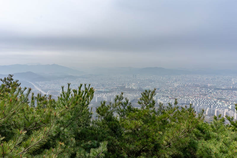 Korea-Daejeon-Hiking-Gyejoksan - Here is a bit more view in an even smoggier direction.