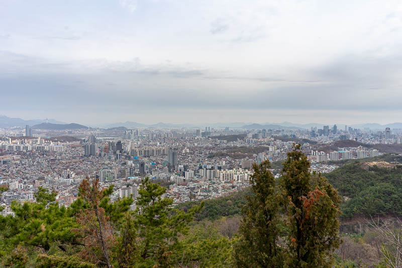 Korea-Seoul-Hiking-Gwanaksan - A great view developed very quickly, and stayed with me all day!