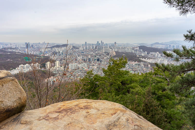Korea-Seoul-Hiking-Gwanaksan - A rocky view.
