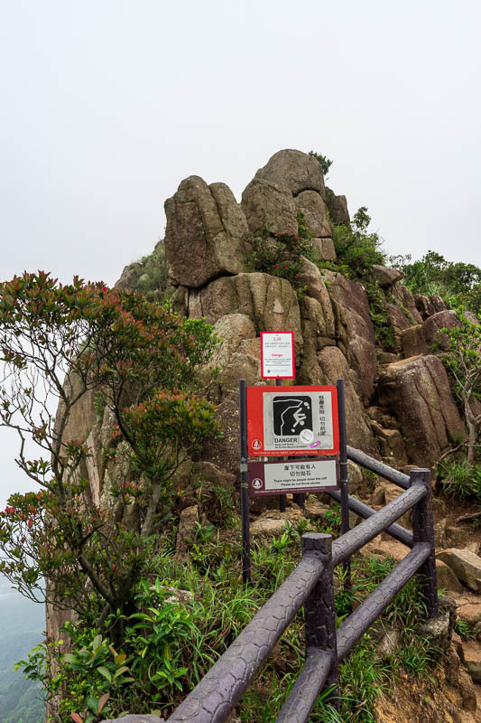 Hong Kong-Hiking-Lion Rock - I stood in this exact spot in severe fog many years ago. Now I am here again.