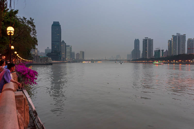China-Guangzhou-Pasta - The mighty Pearl river, it is not a particularly inspiring view tonight, nothing like the amazing views in Chongqing from last year. The riverbank are