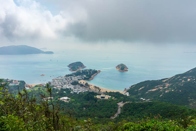 Hong Kong-Hiking-Dragons back - I think that area is called Shek O, there is a big golf club white colored pants only area to the left.