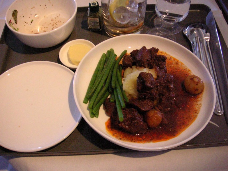 London-Heathrow-Hong Kong-Qantas - The main course which was a beef stew in red wine sauce, which was pretty delicious, again I was trying to be healthy...