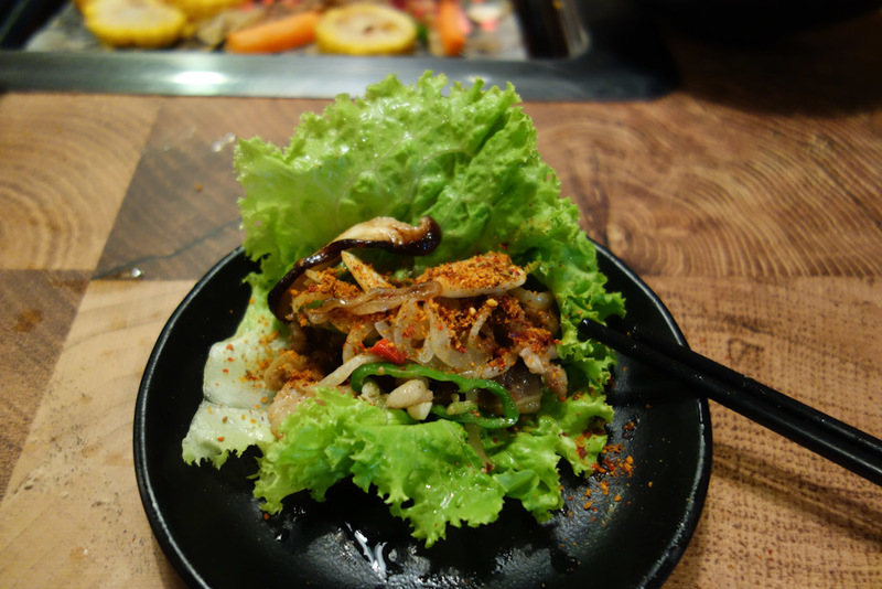 China-Chengdu-Mall-Barbecue - My favourite way of eating, pile it all on a lettuce leaf and wrap it up, delicious.