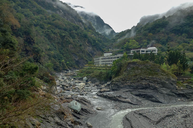 Taiwan-Hualien-Taroko Gorge - Almost back to the bus stop, there are a few hotels at the top of the gorge such as this one. They are all kind of hidden from view. Apparently theres