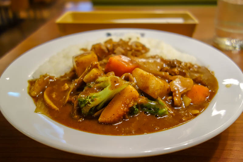 Taiwan-Hualien-Carnival - And finally, as always, my dinner. Exactly what I wanted, Japanese curry, in Taiwan. I chose the one with the most vegetables, and got to choose the l