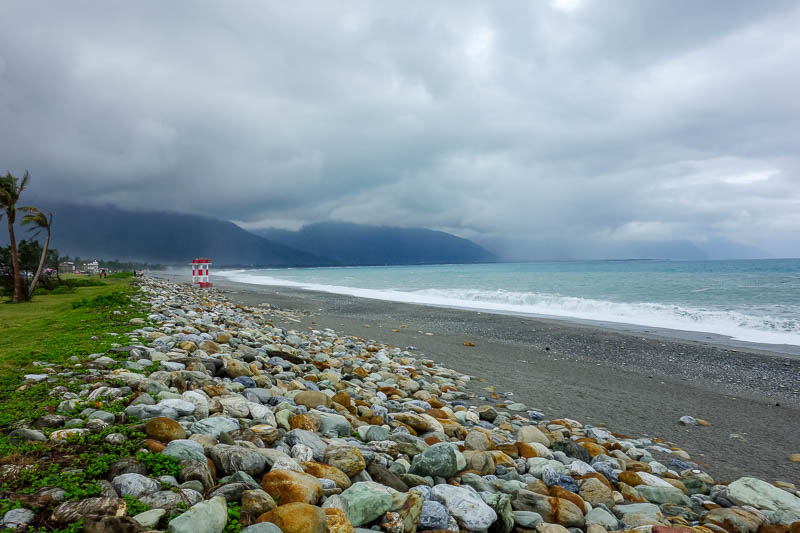 Taiwan-Hualien-Beach-Chisingtan-Cake - Cement factory rubbish dump beach