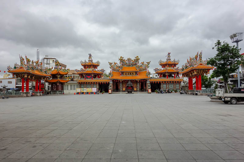 Taiwan-Taitung-Beach-Xiaoyeliu - I also passed numerous temples, more on temple activities later.