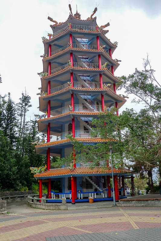 Taiwan-Taitung-Beach-Xiaoyeliu - I enjoyed the pagoda in amongst the deafening temple ambience.