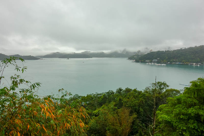 Taiwan-Sun Moon Lake-Rain - I think from here I can glance the finishing line, still about 5km away.